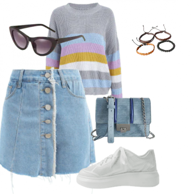 Street style,denim shorts and striped sweater