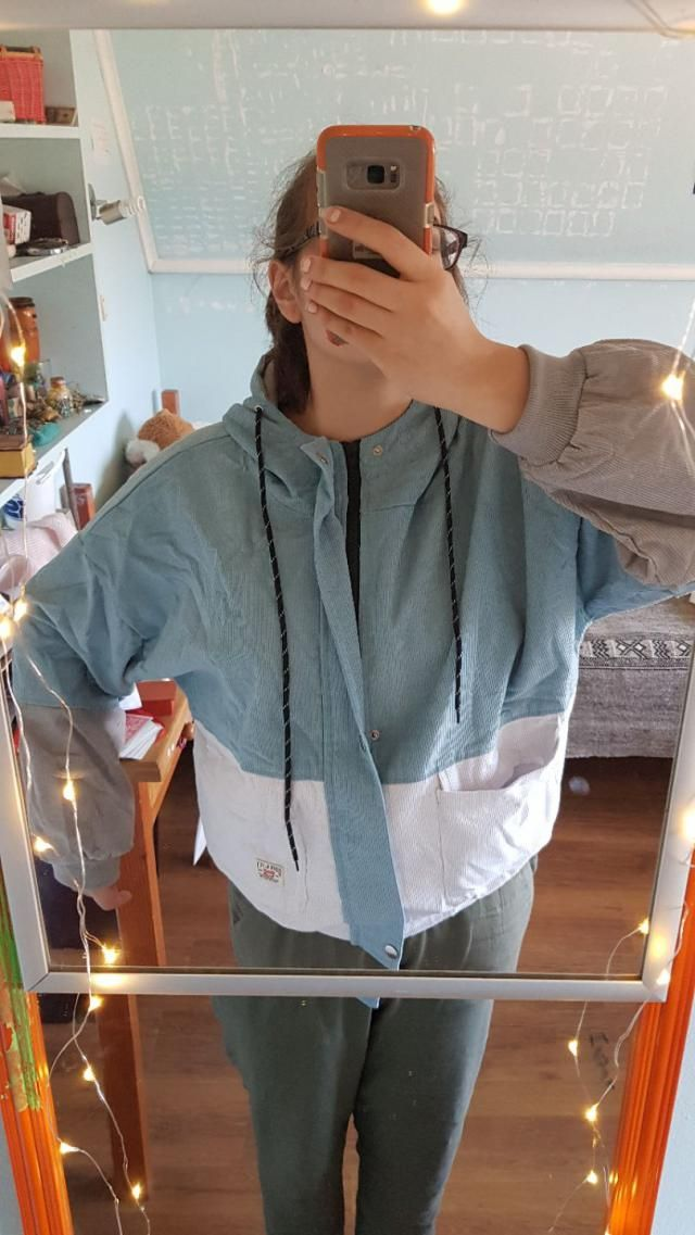 Size: I order XL for an over sized effect (I&;m M) and it was way to big, but now I can wear hoodies underneath :) So,…