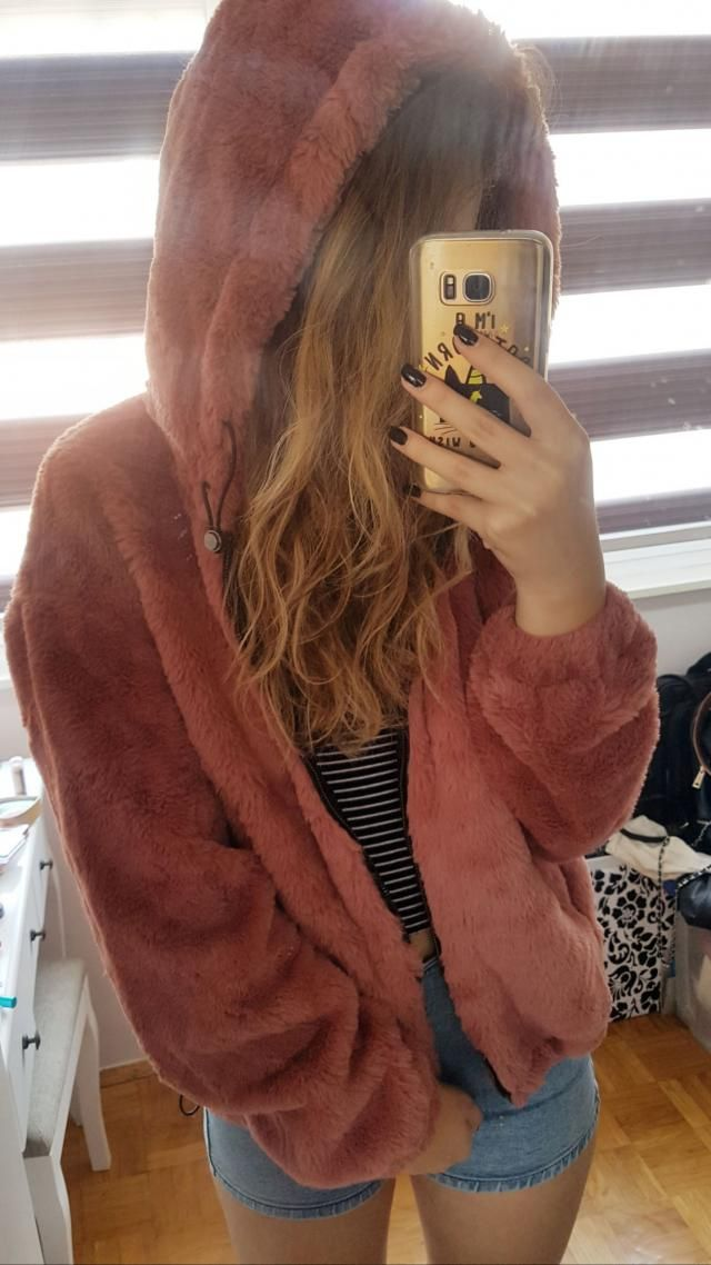 I am beyond in love with this jacket. It is soft, great quality and the furr remained the same after a wash! Adorable …