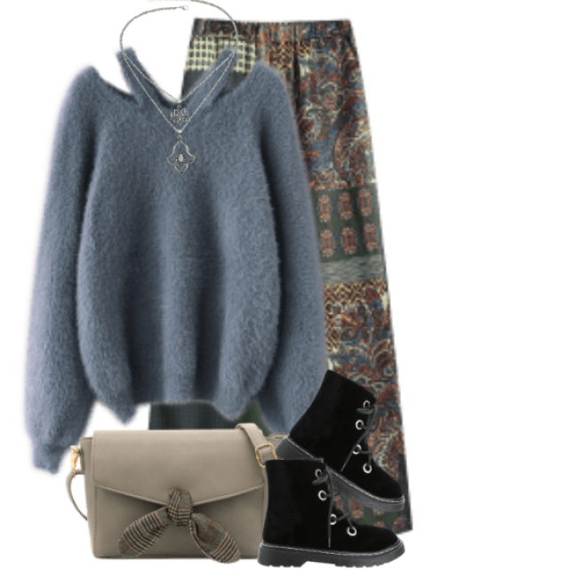 Gorgeous casual combo with the comfortable sweater and the beautiful pants