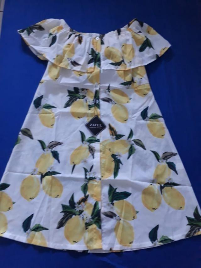 Gente esse vestido é lindo!!! Visto M no Brasil e comprei aqui tamanho L. Ficou perfeito. Pedi pra colocar um forro na…