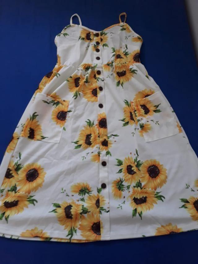 Perfeição em forma de vestido! Amando o meu! Lindo! Visto M no brasil e comprei aqui em tamanho L.