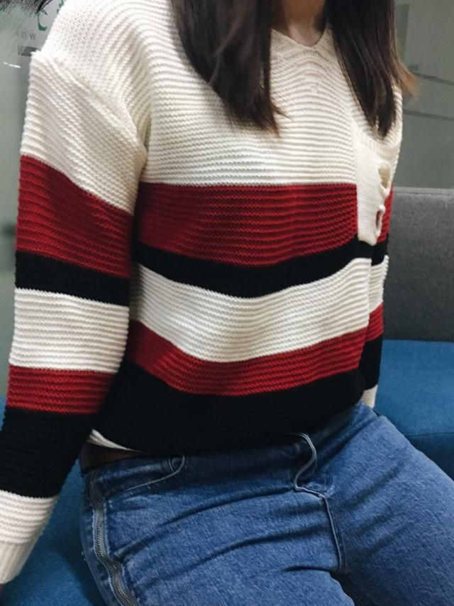 I honestly like this sweater. It fit me as i expected, loose and comfortable. It&;s perfect for fall and winter, absol…