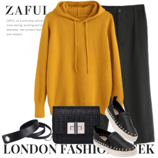 You need to get this kind of sweater this autumn - this colour is so trendy