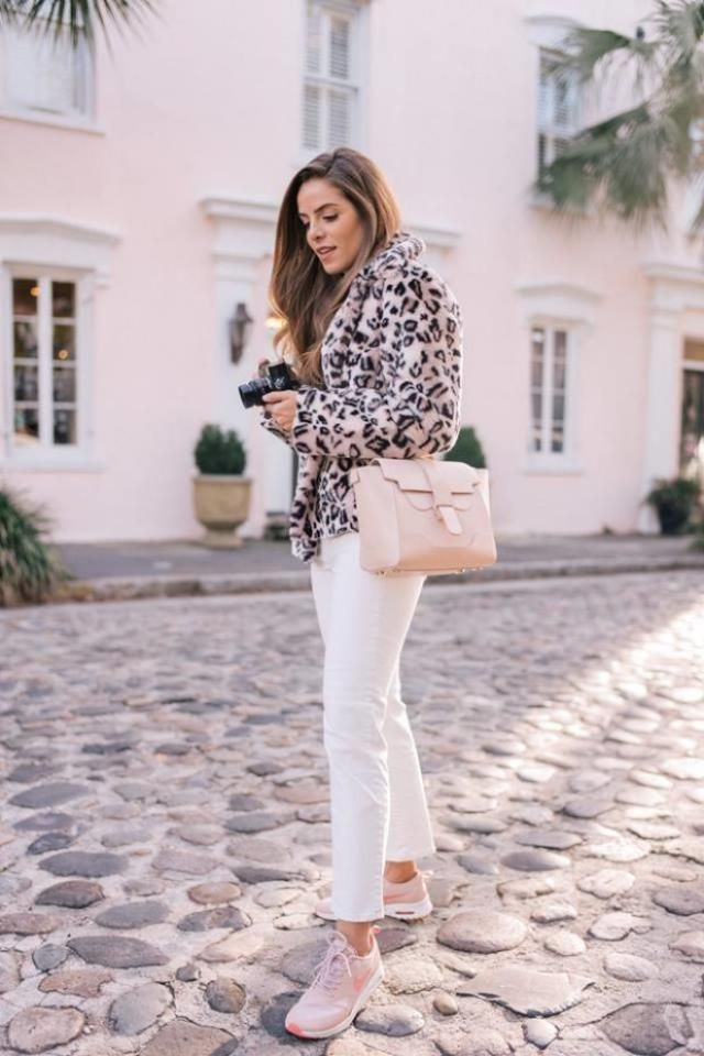Leopard Print Short Faux Fur Coat And Ripped Ankle Skinny Jeans White 