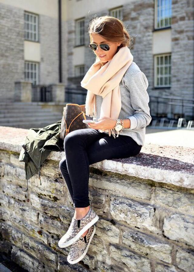 Jeans Carbon Gray And Low Cut Backless Knit Tee Gray