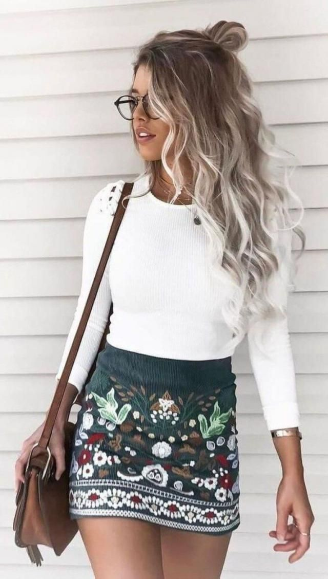 Mini Floral Embroidered Flare Skirt Black And Sweater White
