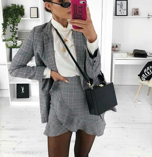 This is a classy chic outfit in love with it