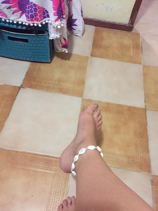 Super joli ! J'ai enlever quelques coquillages pour m'en faire un bracelet cheville