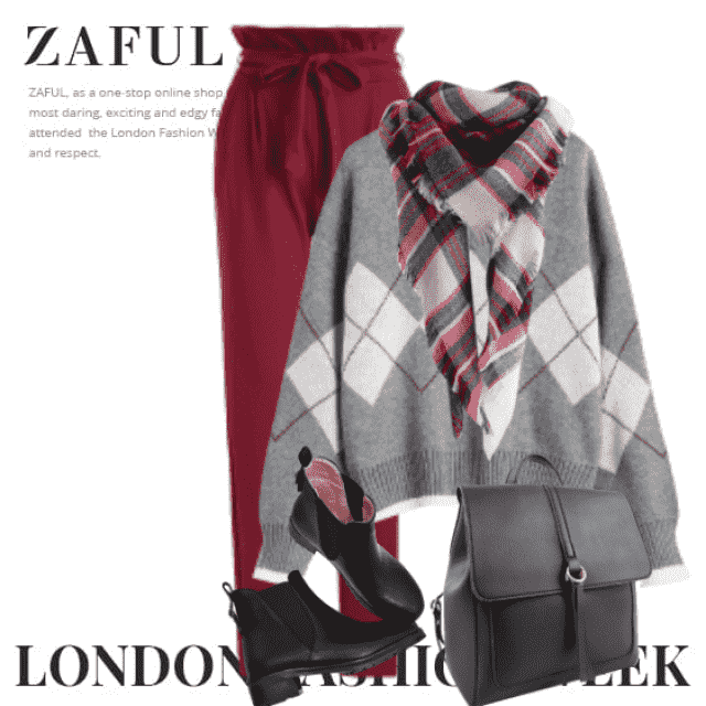 Gorgeous autumn look here - with the sweater and the beautiful cozy scarf