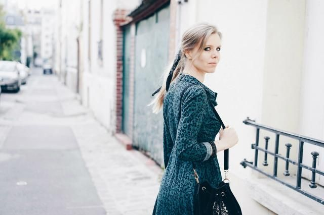 Look rock avec robe à imprimé léopard https://www.annsom-blog.com/look-rock-avec-robe-a-imprime-leopard/  Insta : @a…