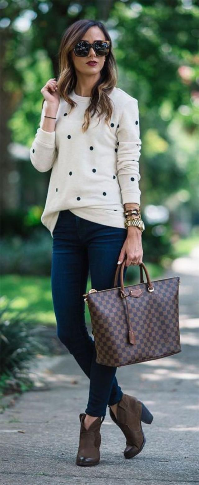 Dotted Pom Pom Sweater  White 