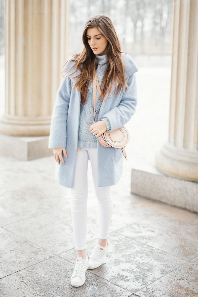Turtleneck High Low Slit Sweater  Light Blue  If you are afraid of wearing these bright and springtime shades, then th…