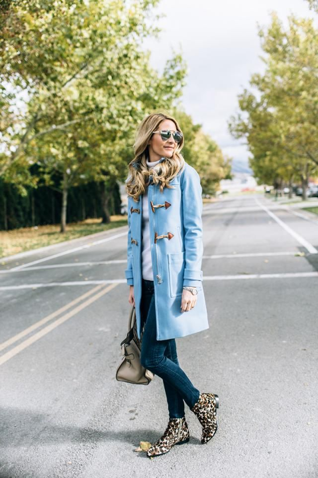 Jeans  Denim Dark Blue  Jeans denim blue with sweater light blue and  ankle boots,buy here!