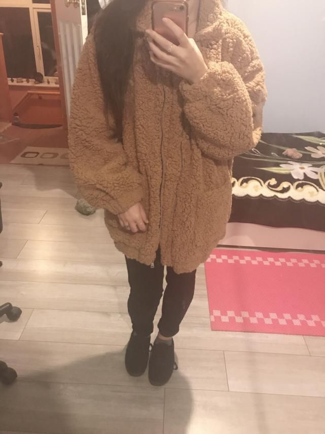 really adorable, soft and warm. im 5'3 and ordered a medium because i wanted a chunkier look. it reaches about midway …