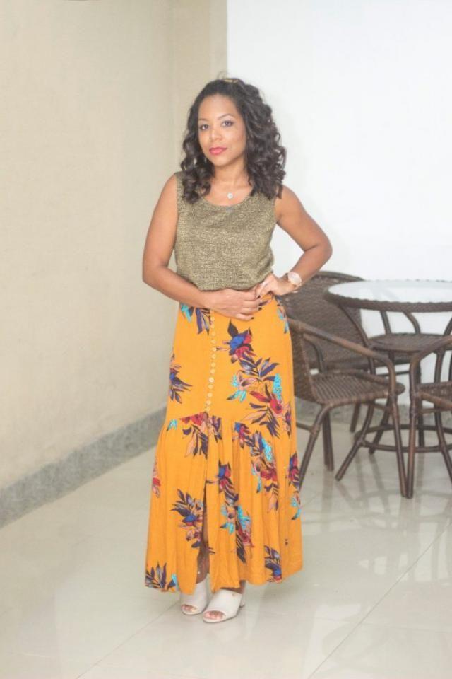 Essa saia é maravilhosa https://jeanecarneiro.com.br/look-do-dia-zaful-saia-longa-com-fenda/