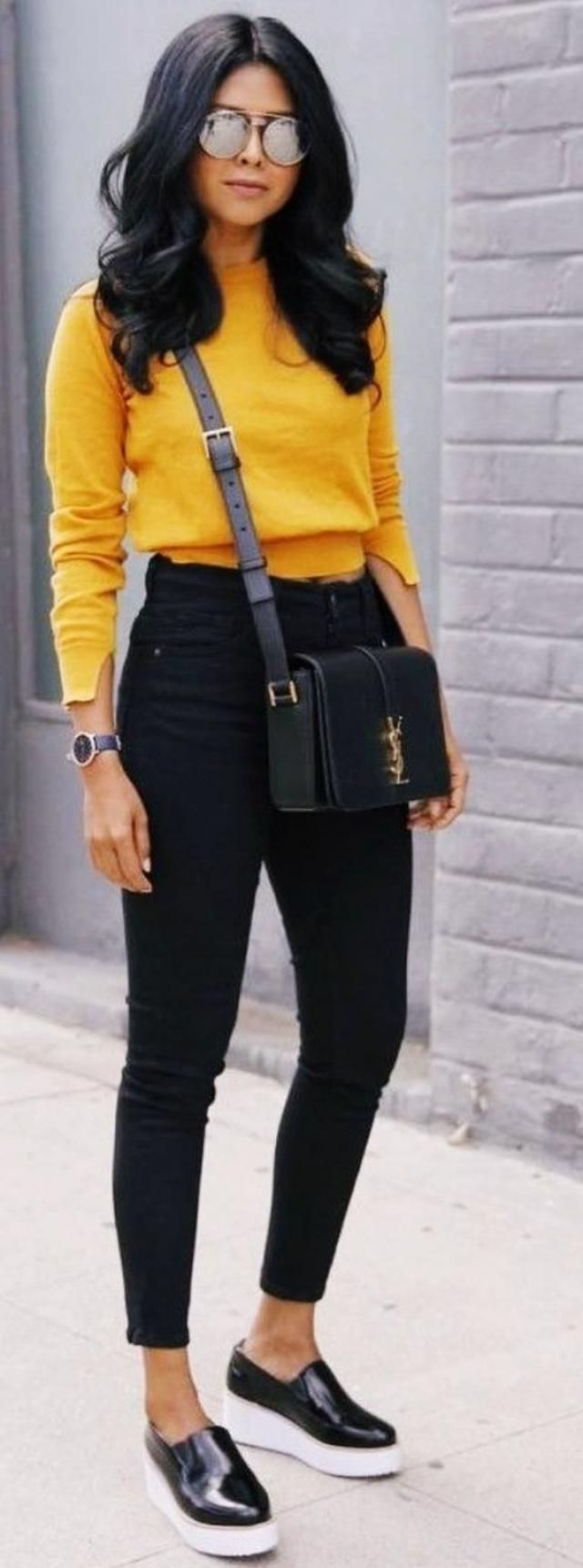 Skinny Jeans  Black And Sweater Yellow