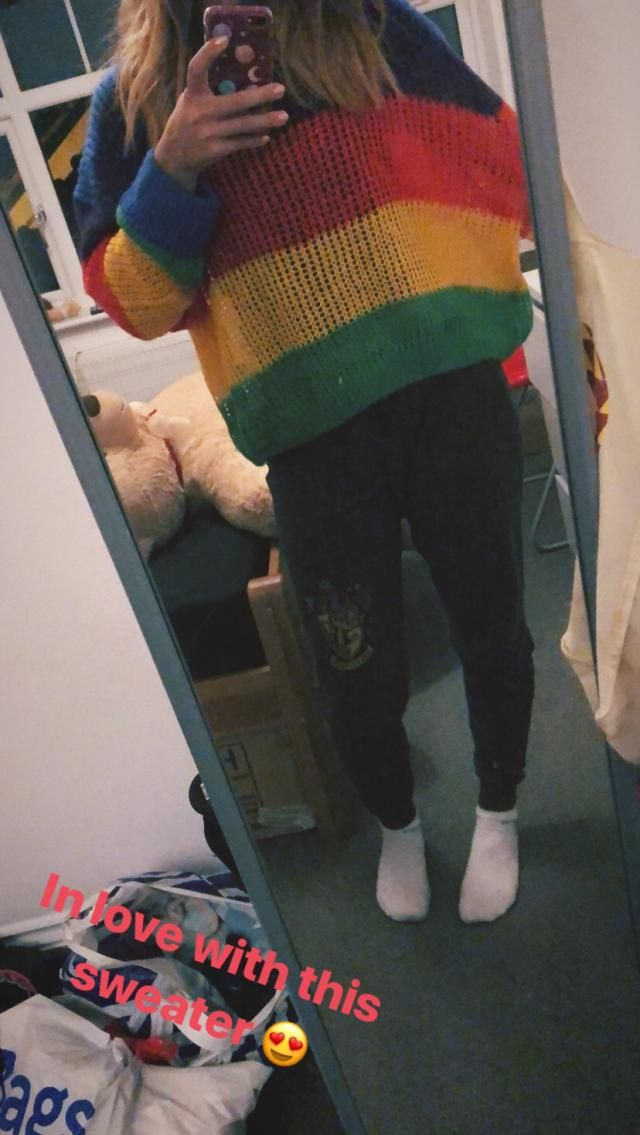 Material is so soft and the sweater is more baggy than i expected but so much nicer this way