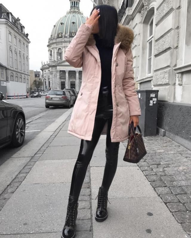 Beat the cold with this stunning pink coat, it's really cute and comfy