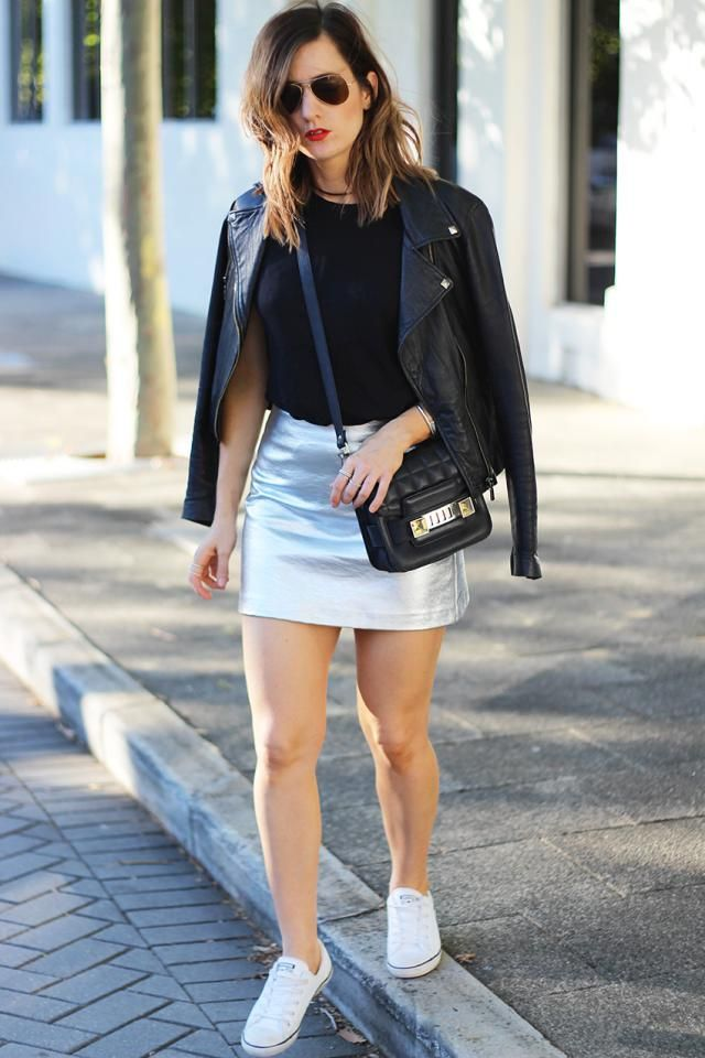 Mini Metallic High Waist Skirt  Silver Silver !!! Wonderful and elegant colors! Perfect for a Christmas outfit!