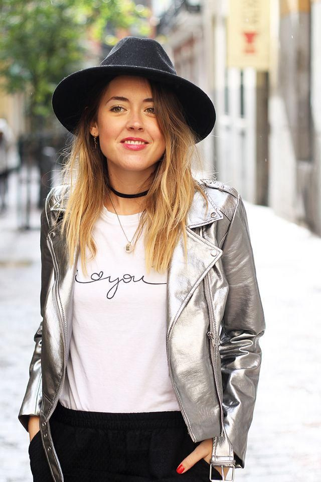Metallic Jacket With Zipper Fly  Silver Today's look is one of those comfortable with stylish touch, sporty pants, gr…