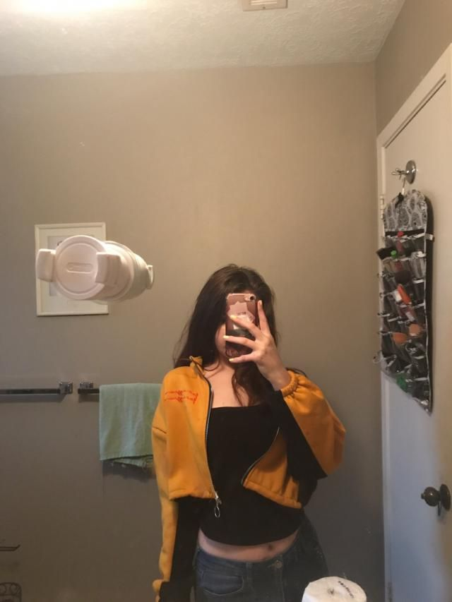 It's super soft I was impressed and I got lots of compliments for the outfit. 10/10 and true to size.
