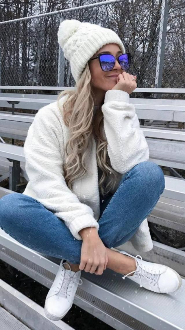 Zip Up Fluffy Faux Fur Winter Coat White Pretty white coat,beanie and sneakers. BUY HERE! Online shop ,only in ZAFUL!!…