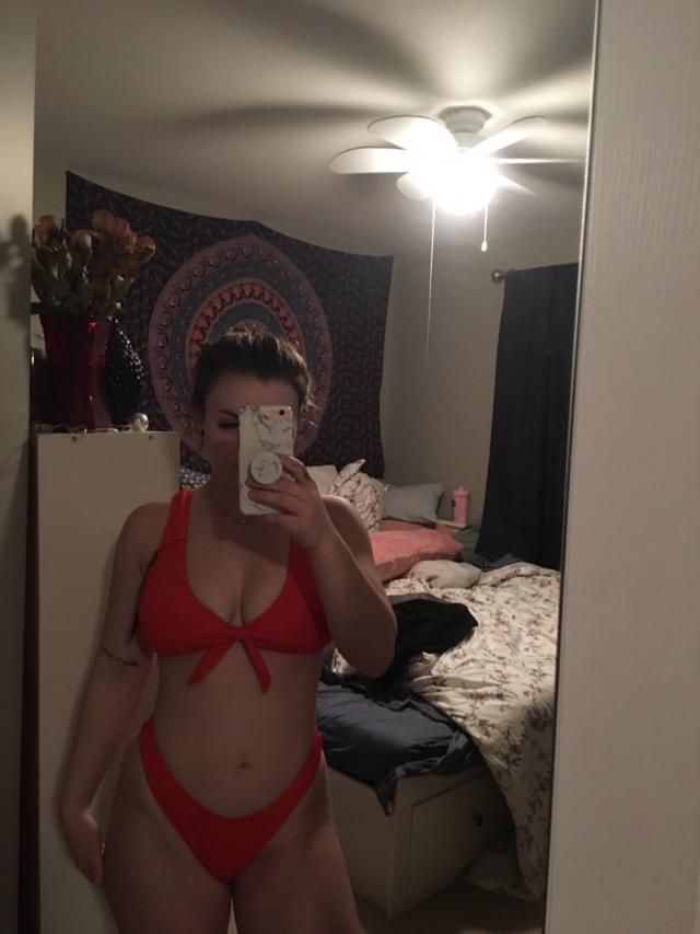 Absolutely love this two piece it's super good quality and fits perfect!! I'm 5'2 and pretty curvy with a small waist …