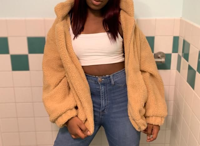 I love this jacket, I'm a medium, 5'5  but I got a large because I wanted that extra oversized look. It's so comfortab…