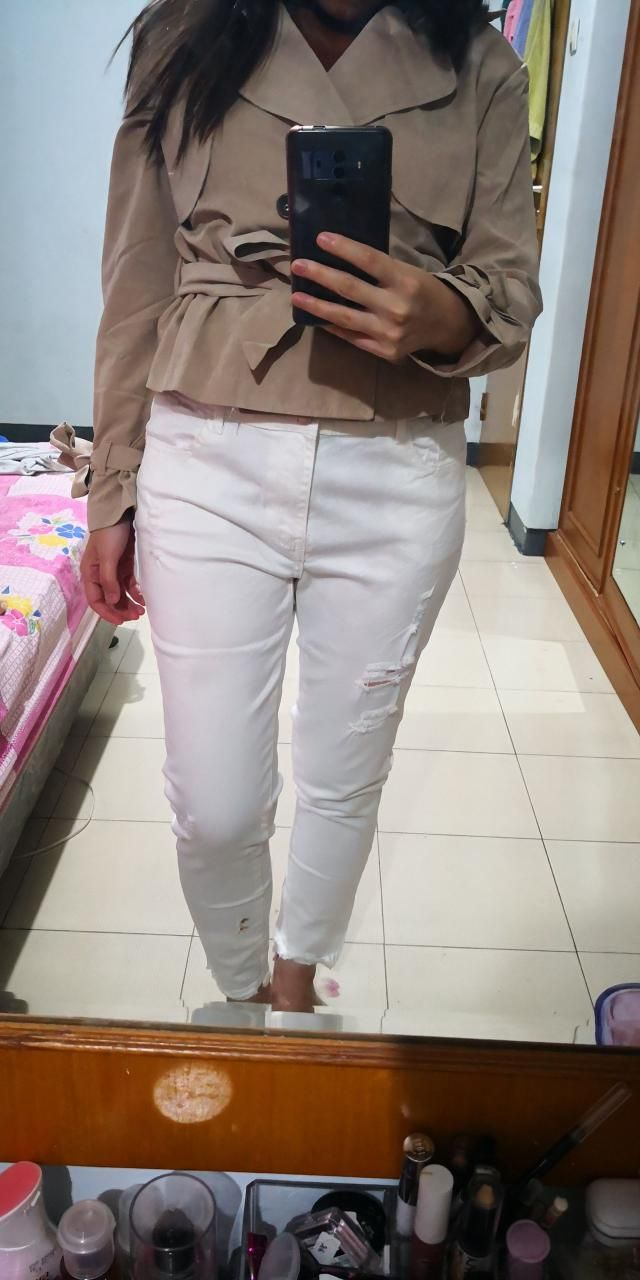 the size is a bit bigger than measurement, so better choose smaller size than ur usual size.the material is not thick …