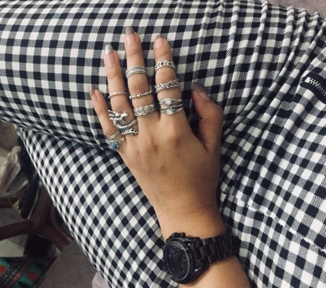 Superr cool love it the size perfectly fit my thin hands unlike the other rings that i bought here its too big didnt e…