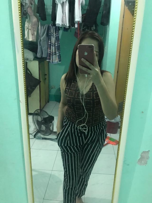 got medium size .. my waistline is size 29 .. it fits very well thanks zaful