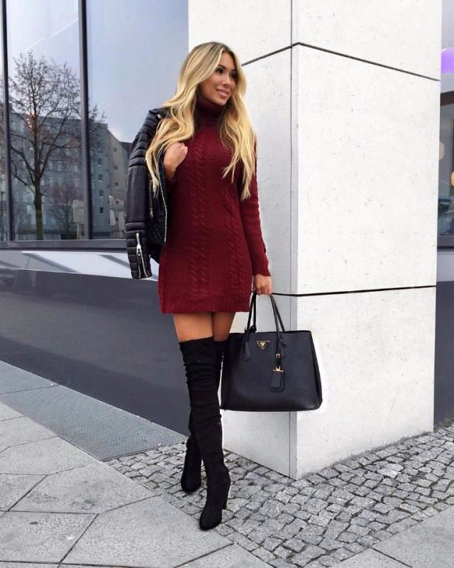This turtleneck sweater dress is what effortless winter style is all about
