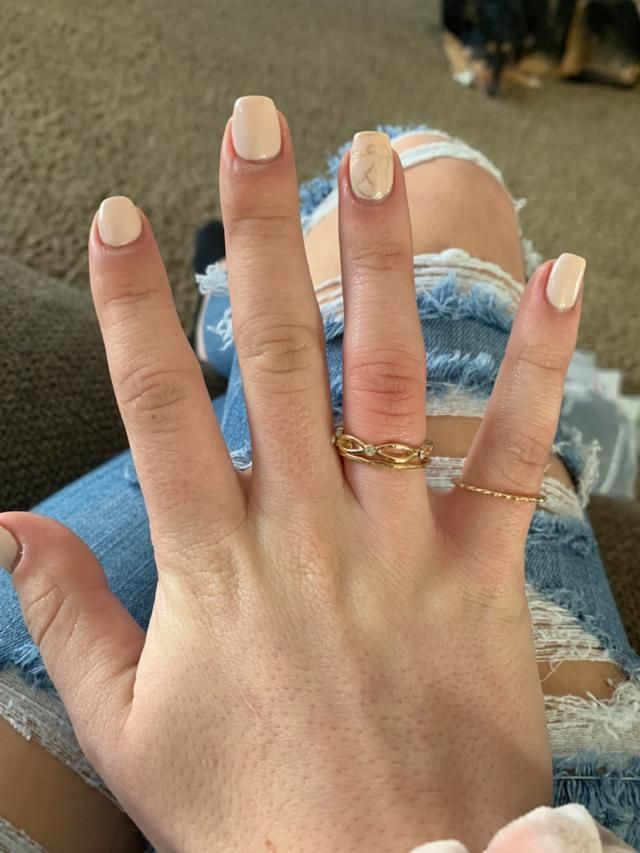 These are so cute and I have bigger fingers and they fit amazing!