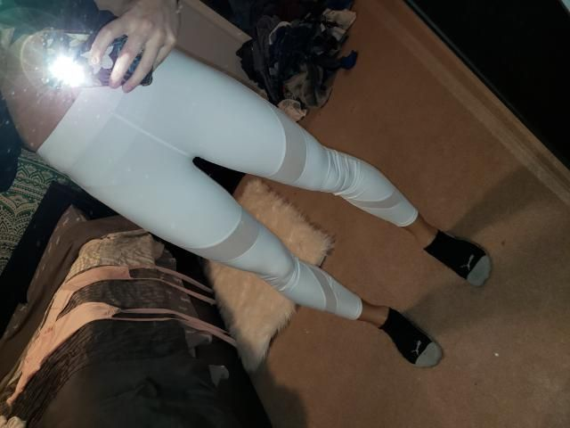 Okay so real talk these leggings are CHEAP$$$ which I love! *They run 1 size smaller so if you're a medium you will ne…