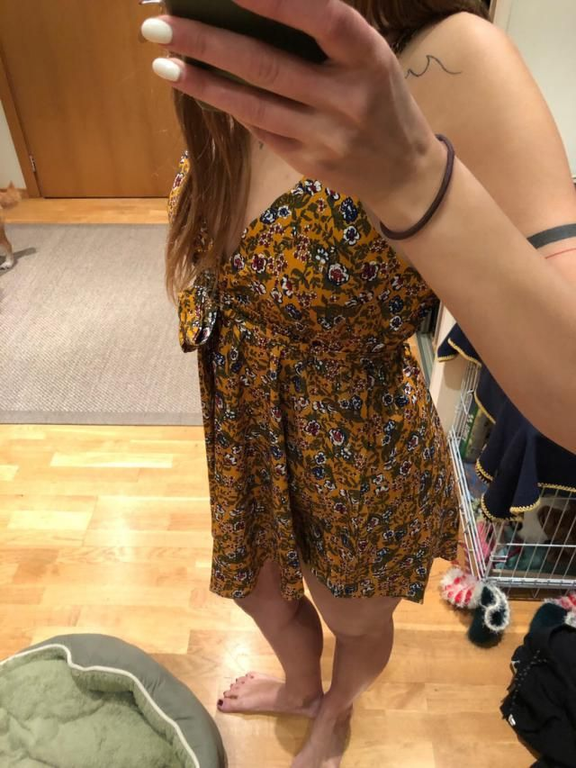 Love it! Looks exaclty like the pictures. It's just a little bit too short for me, as I am 174cm tall, but I usually w…