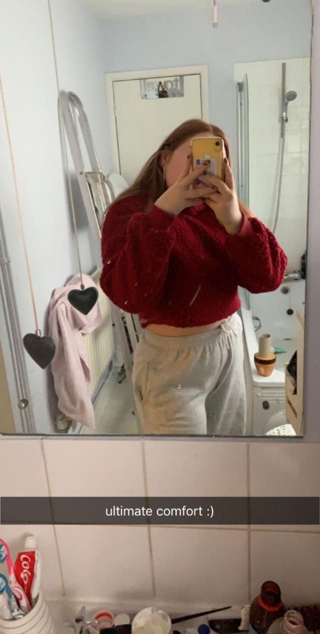 very cute, very comfy but would defo size up as i got an XL for it to be oversized and its more form fitting. looks li…