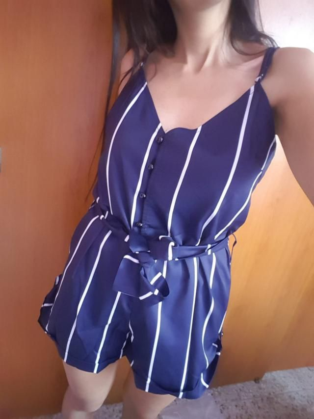 """I'm in love with this romper. I got the S.  I'm 34B (88cm/34.6in), 161cm (5' 3"""") Tall, waist 67cm (26in).The fabr…"""