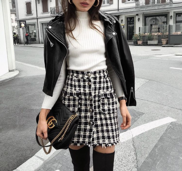 I&;m i love with this gorgeous outfit, the plaid skirt is so pretty