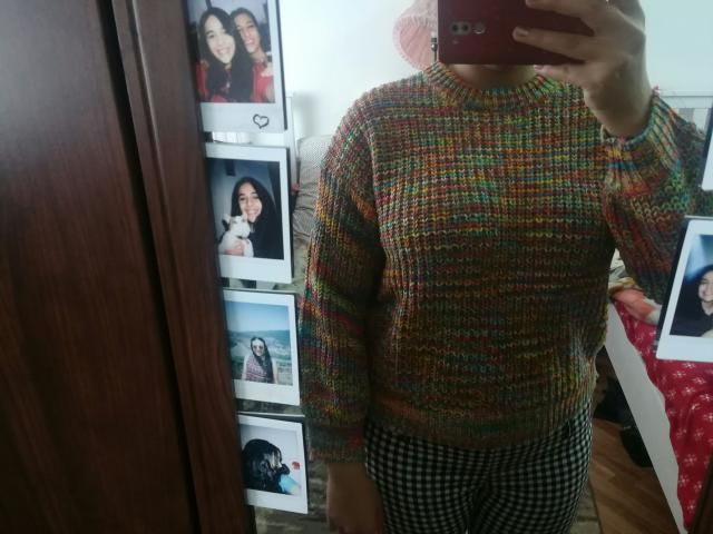 I feel sad because this sweater looked much much bigger and has bigger sizes on the size guide but is shorter than exp…