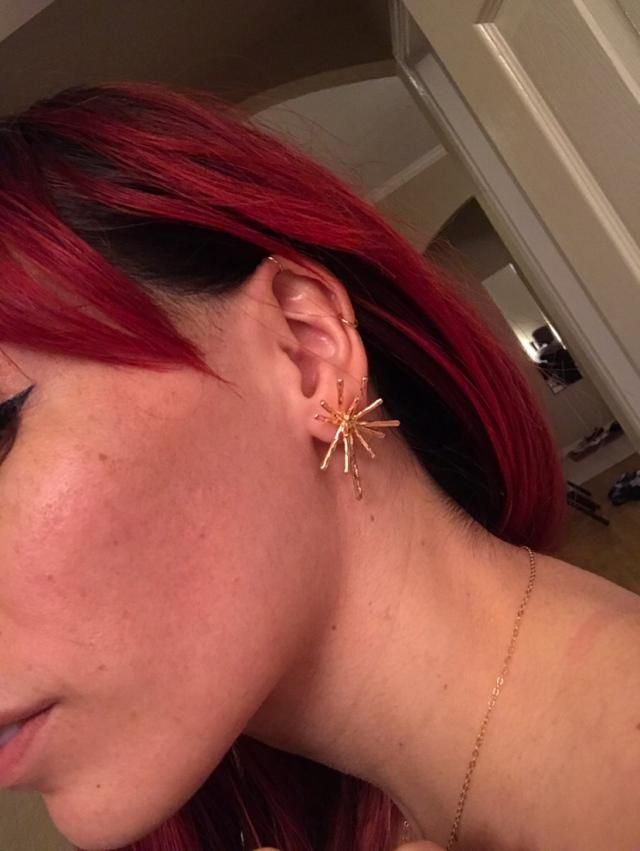 Love these! Always looking for different and unique earrings. Great find.