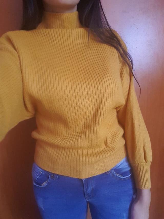 This is a cute chunky sweater and the color is perfect, more vivid that I was expecting but I love it! The One Size fi…