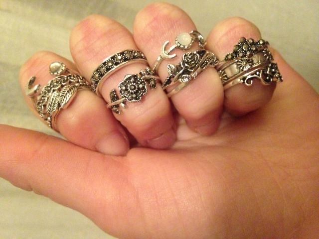 Such a beautiful ring set! Just like the pictures! I literally can not wait to wear them! They are pretty small, proba…