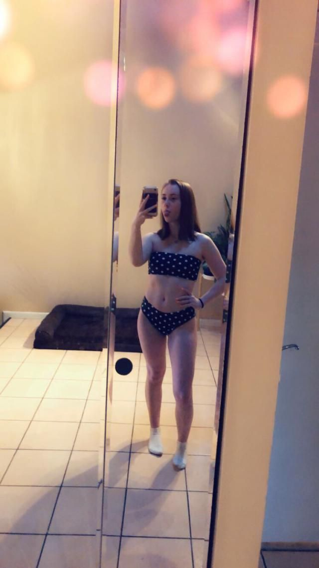 i'm 5'2 and got a small, bottoms were kinda baggy so i had to sew them. the top doesn't fall off which i was afraid of…