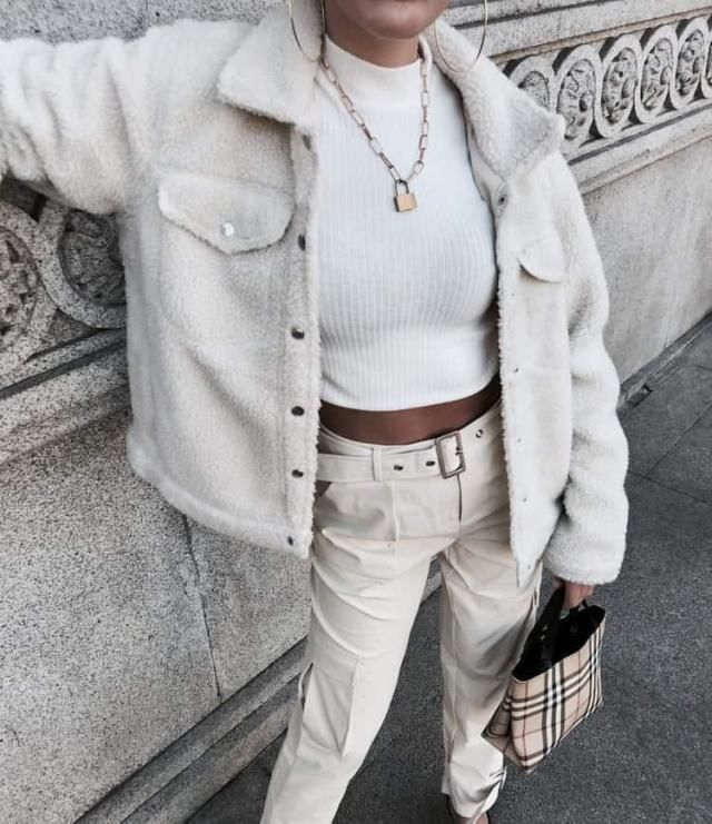 Total white look: yay or nay? I never tried to pull off this kind of look but I find it cute, it looks classy and it de…