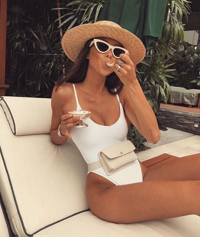 Do you like this White one piece swimwear? You can get a similar beautiful one here in Zaful❤️❤️❤️❤️❤️    …