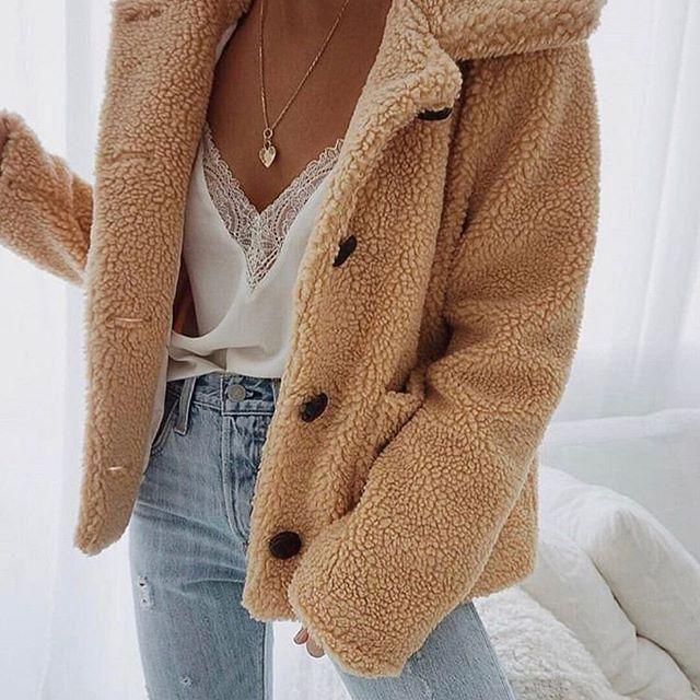 Last days to wear your teddy coat - warmer days are coming! I Cant wait for spring to be here, and you?
