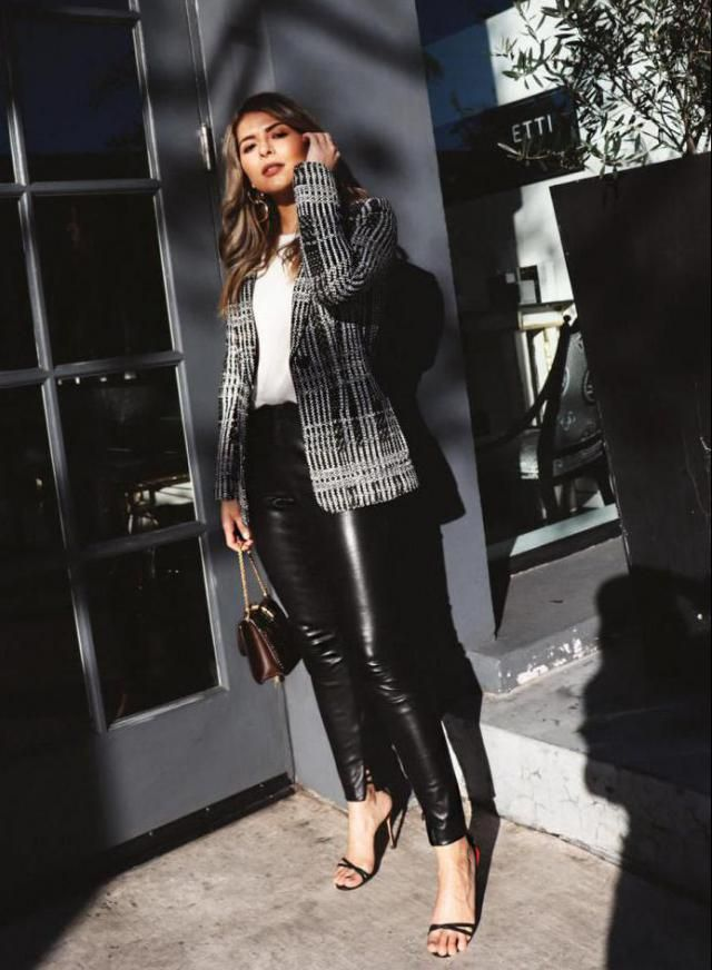 ZAFUL Leather Skinny Pants Black   Casual chic style,blazer with T-shirt and leather pants , BUY HERE, Excellent qual…