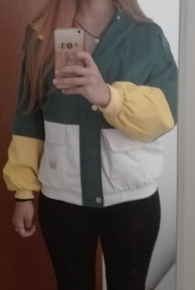 True to size, glad i didn't order a size up. Love the material