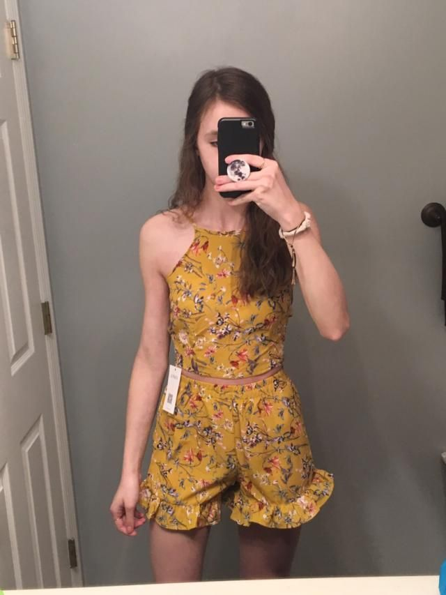 Very cute, good fit as well! Much better than I was expecting.